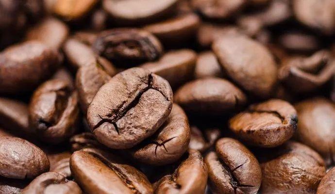 KÁVA vlevo, KÁVA vpravo - velký článek o kávě, část 1.